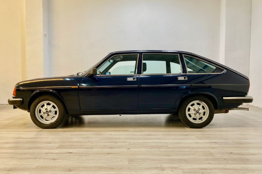 1982 Lancia Beta Berlina 2.0 ^ Blu Ministeriale